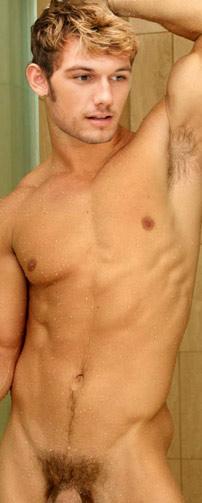Nude naked alex pettyfer